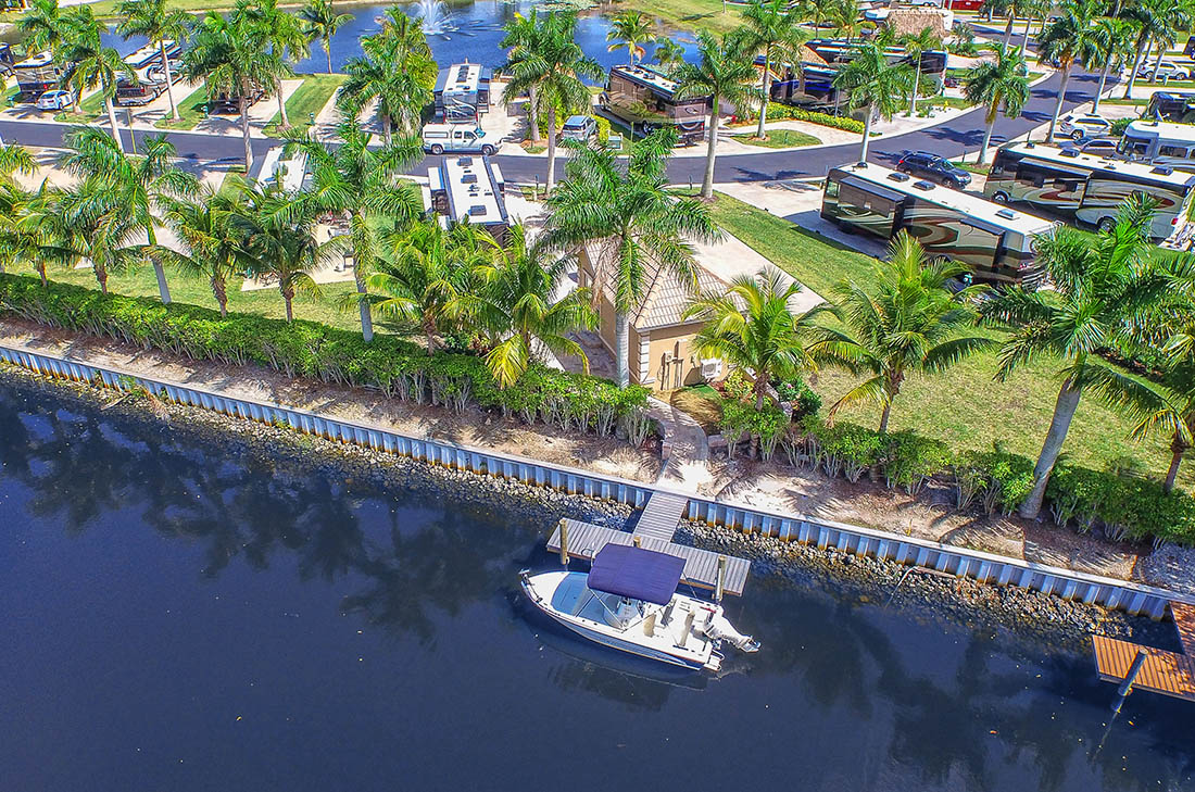 Naples Motorcoach Resort has canal access