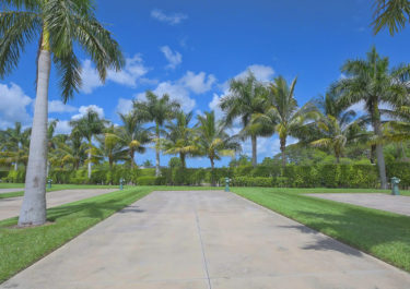 View Our Canal Front Lots