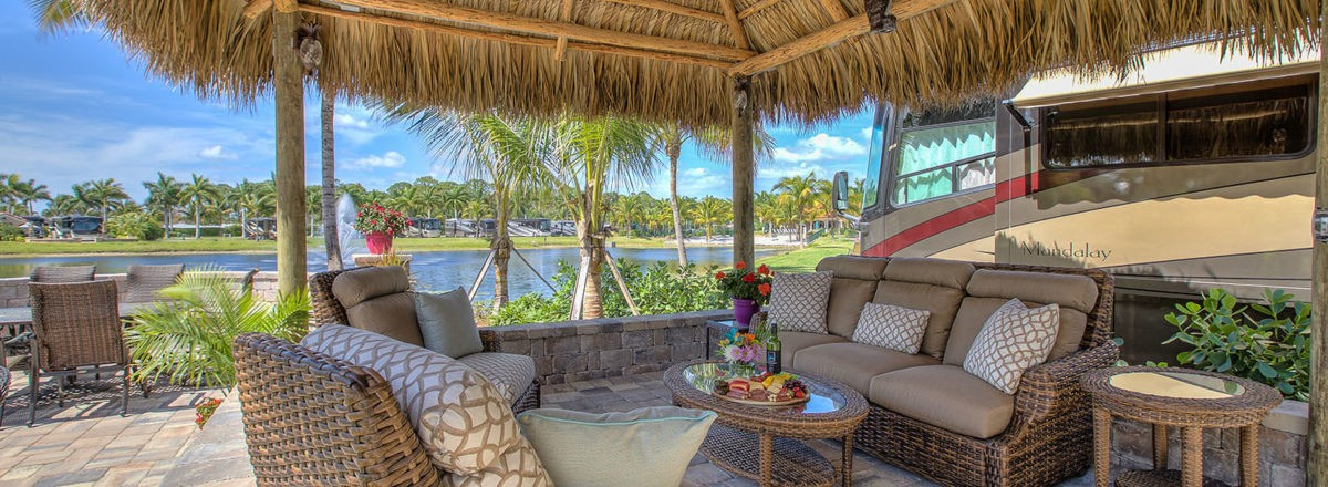 Relax in luxury at Naples Motorcoach Resort